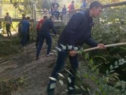 Рубцовские студенты помогли подготовить город к празднику